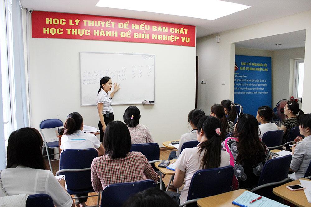 dia chi hoc ke toan tong hop Địa chỉ học kế toán tổng hợp tốt nhất Hà Nội