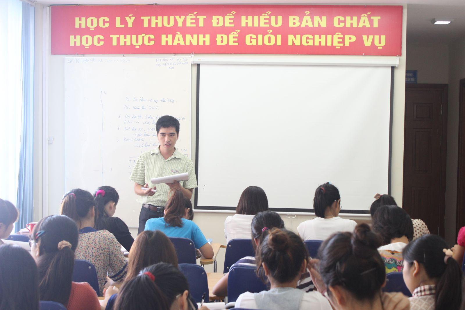 lop hoc ke toan ha noi Địa chỉ trung tâm học thực hành kế toán tại Hà Đông