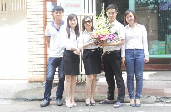 15 Kế toán Hà Nội chào mừng ngày phụ nữ Việt Nam 20 10