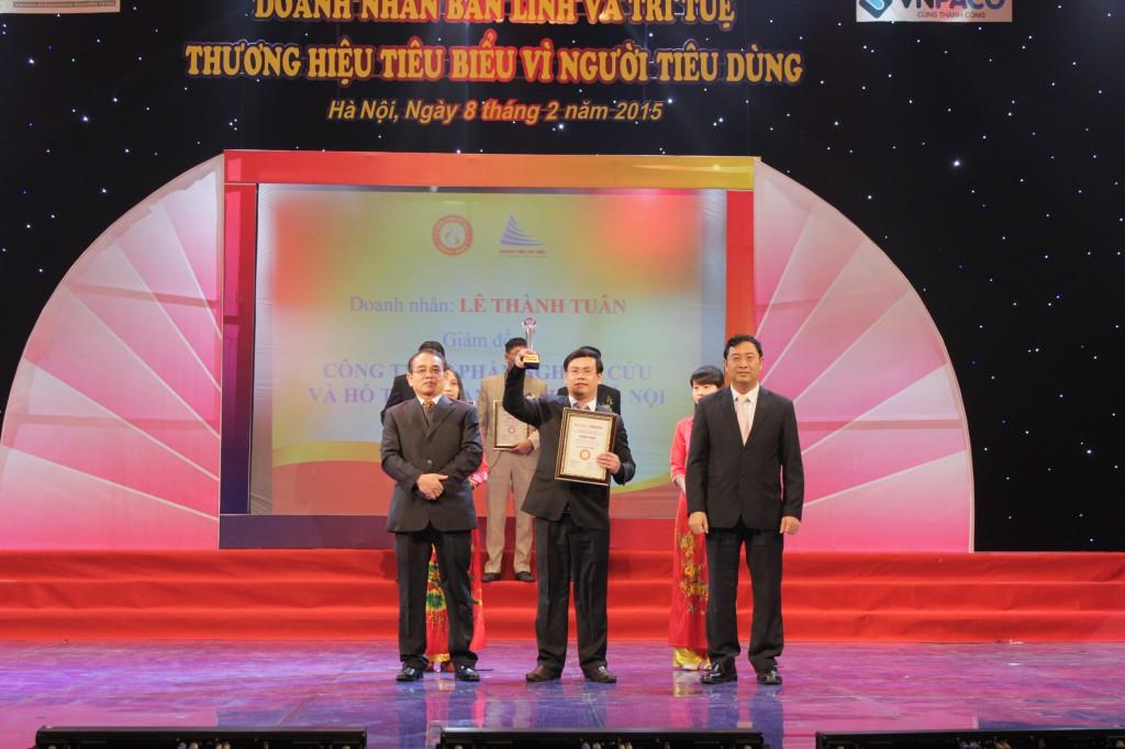 vi nguoi tieu dung 1 Kế toán Hà Nội nhận giải thưởng Thương hiệu tiêu biểu vì người tiêu dùng