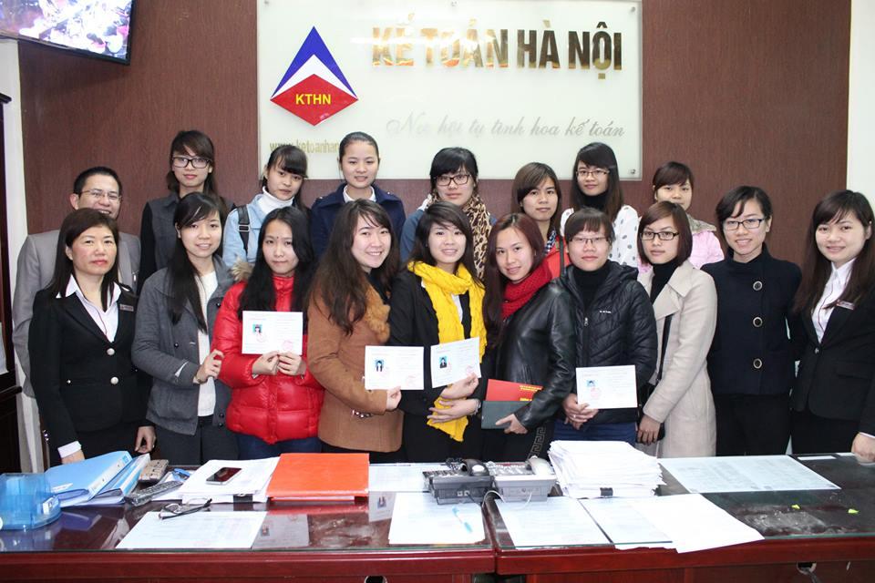 trung tam ke toan ha noi Lớp học kế toán thực hành tại Minh Khai, Hai Bà Trưng