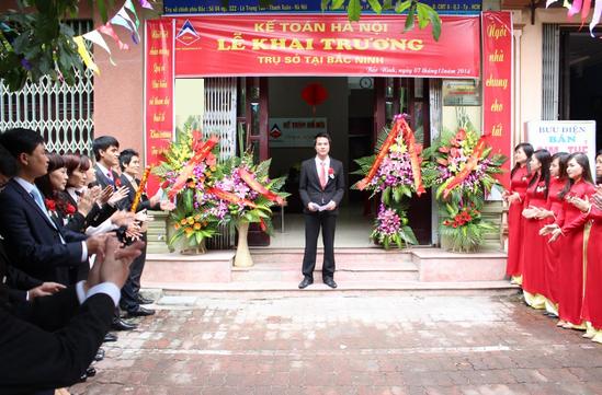 khai truong cn bac ninh 1 Lớp học kế toán thuế thực hành thực tế tại Bắc Ninh