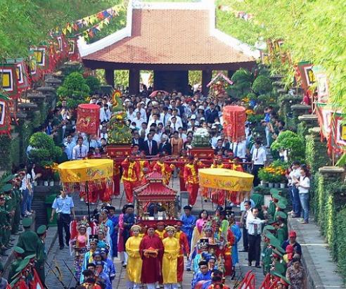 lich nghi gio to hung vuong NLĐ được nghỉ 8 ngày dịp Giỗ tổ Hùng Vương và lễ 30/4   1/5
