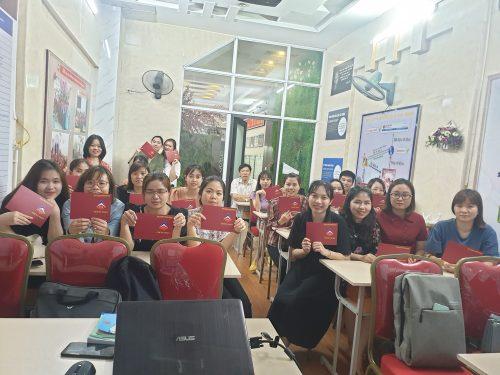 lop hoc e1621590733363 Khóa học kế toán thực hành trực tuyến online cầm tay chỉ việc